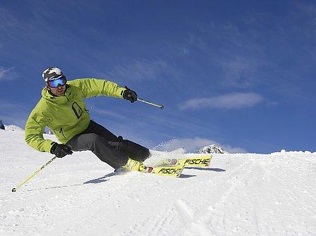 Vier Tage Skiurlaub auf perfekt präparierten Pisten im Frühling
