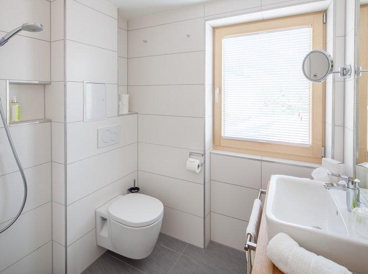 Hotelzimmer Hoher Ifen – Badezimmer Biohotel