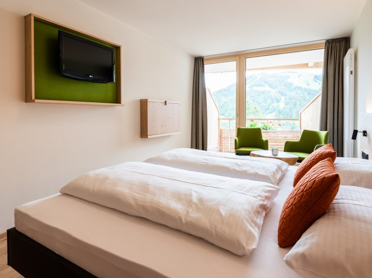 Übernachten im Biohotel Balderschwang: Zimmer Riedbergerhorn Innenansicht 2