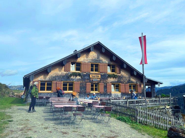 Allgäu-Wanderung zur Burgl-Hütte mit tollem Fernblick