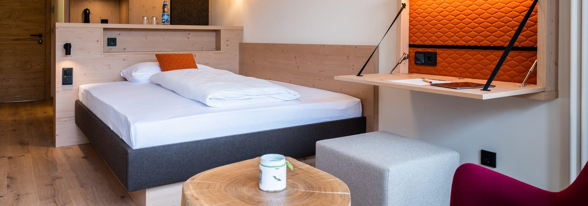Ganz für sich zur Ruhe. Komfort-Einzelzimmer im Biohotel mit Südbalkon