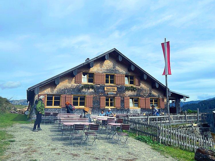Wanderung zur Burgl-Hütte
